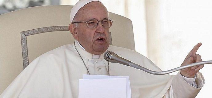 El Papa pide más mujeres en puestos de responsabilidad de la iglesia