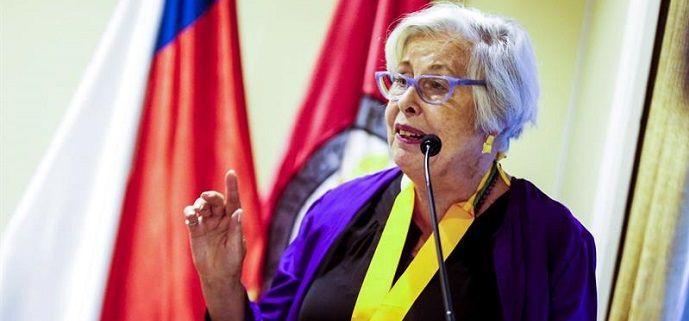 Adriana Valdés, primera mujer que dirige la Academia Chilena de la Lengua