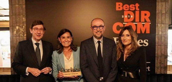 Amalia Blanco recibe el Premio Forbes Best Dircom 2018