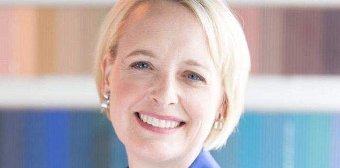 Julie Sweet, directora ejecutiva de Accenture