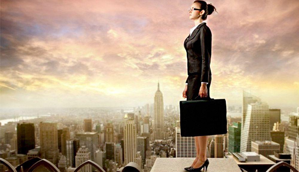 Liderar en tiempos de crisis consejos para potenciar tu carisma