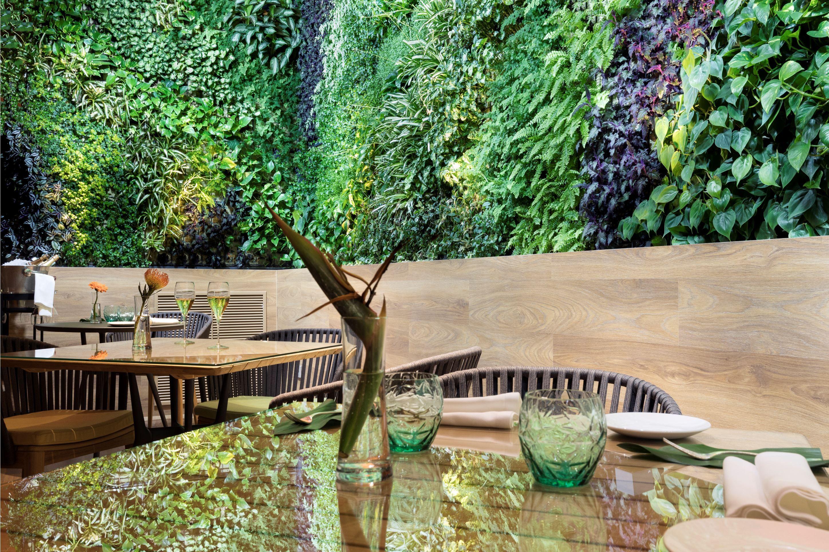 Galow_interior restaurante atico Hotel Puerta America Teletrabajo