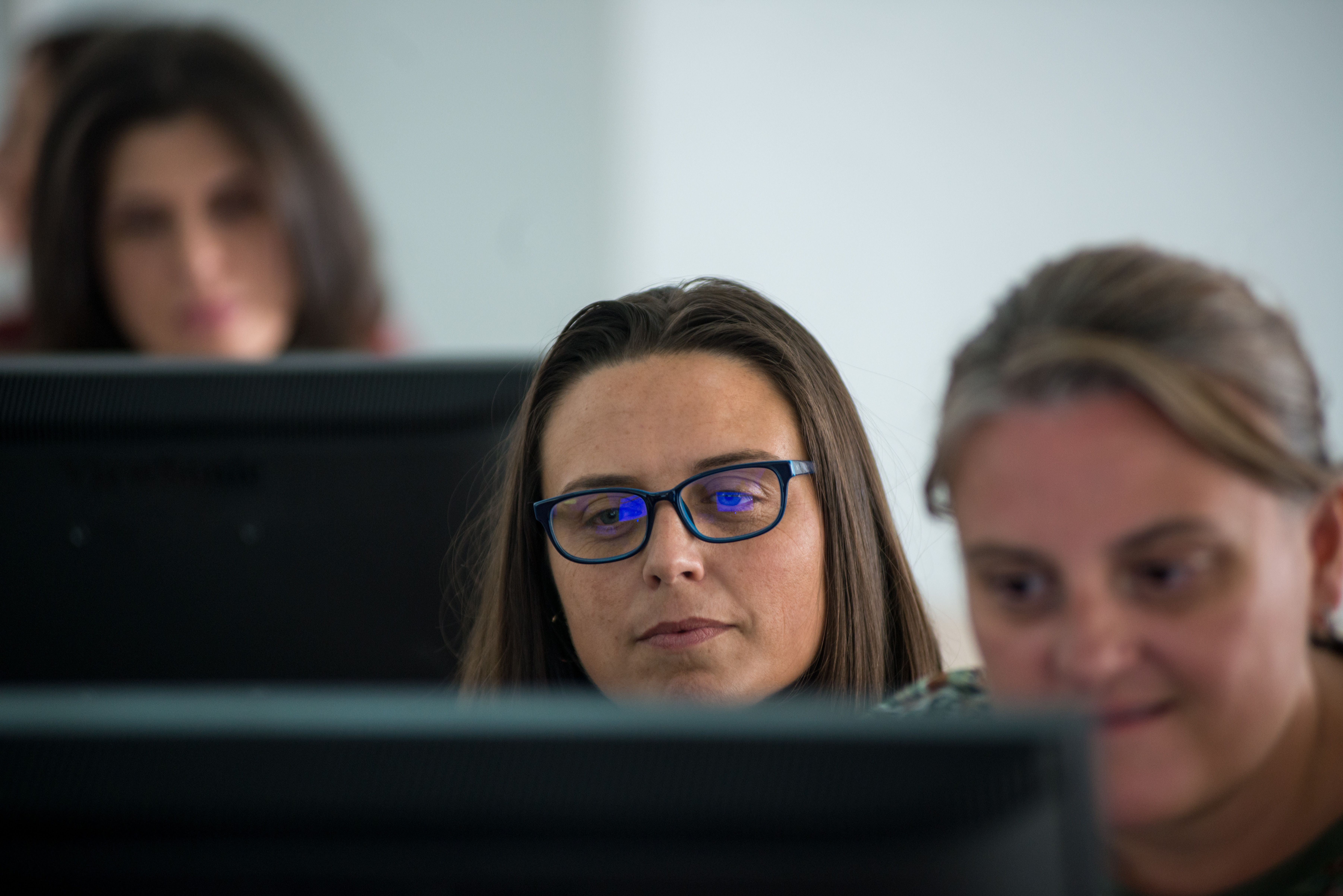 Detectar y atender la brecha digital es urgente. Las mujeres, son las más excluidas tecnológicamente. Acción contra el Hambre brecha digital