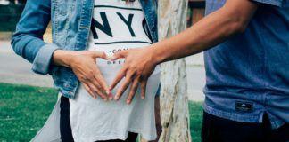 Femtech pregnant-woman-cadence health